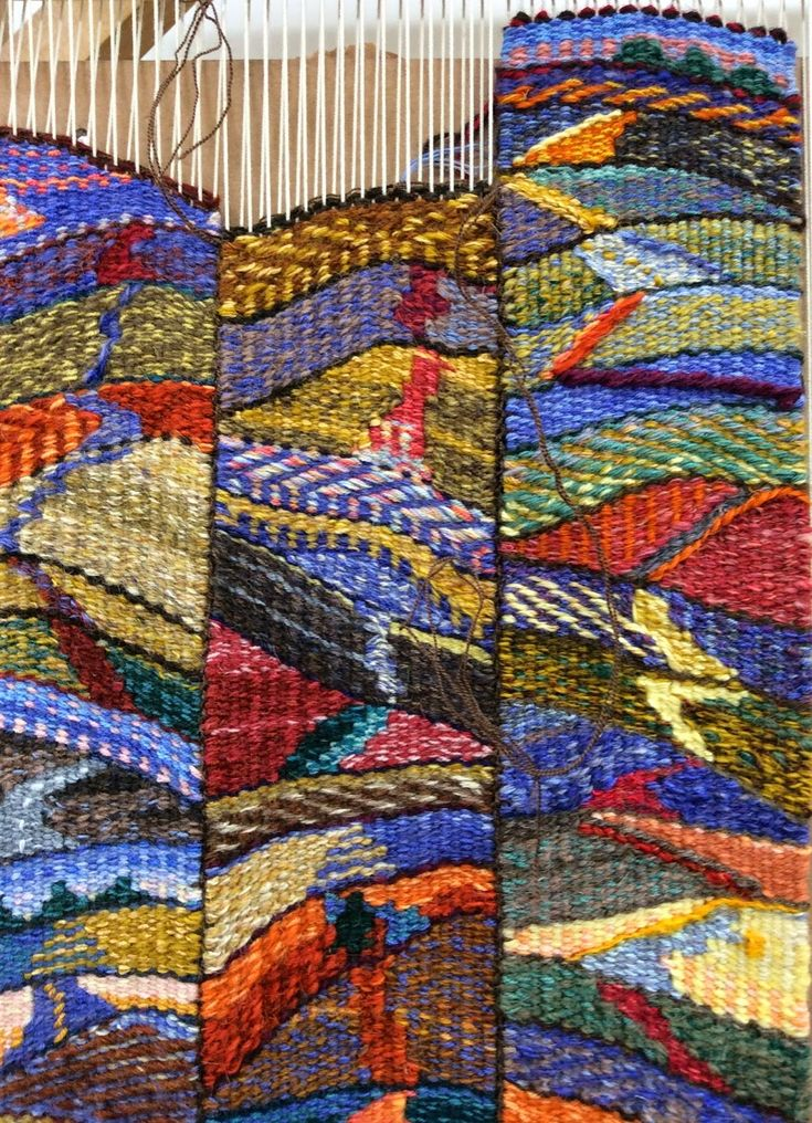 Janette Meetze uses a tapestry diary to get her weaving every day. This is a great way to keep yourself at the loom and get new ideas.