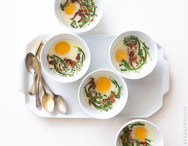 Eggs en Cocotte ~ An easy breakfast of baked eggs