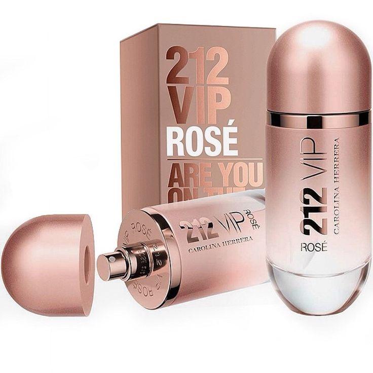 Gucci esta distribuindo amostras grátis de seu novo perfume das mulheres \
