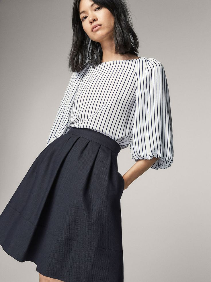 Spring summer 2017 Women´s SKIRT WITH PLEATED DETAIL at Massimo Dutti for 98.5. Effortless elegance!