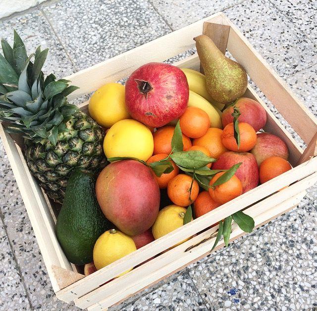 Tropical hamper #fruit #fruithamper #delivery #healthy #food #raw #vegan #tropicalfruit #pineapple #mango #avocado