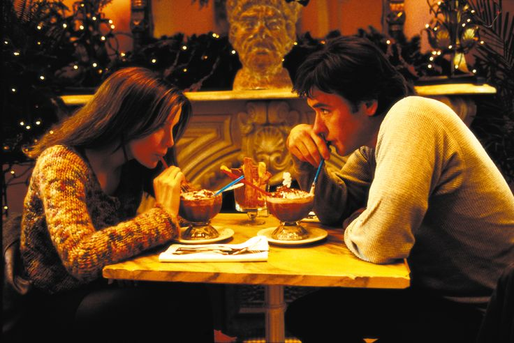 """Serendipity"" movie still, 2001.  L to R: Kate Beckinsale, John Cusack."
