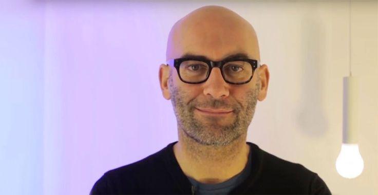 Davide Groppi racconta Tetatet, la lampada disegnata per l'omonimo brand di illuminazione.