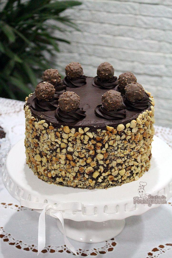 Muita avelã e Nutella nesse Bolo Ferrero Rocher! Não tem como não querer!!!!                                                                                                                                                                                 Mais