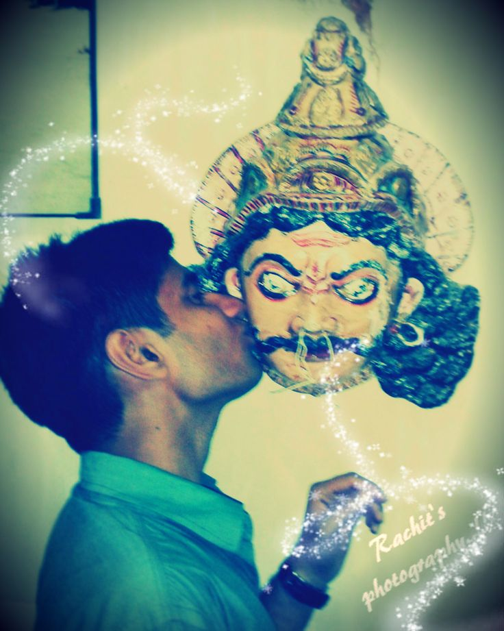 The best thing to do with the mask.. :D Being crazy to make someone happy ..!! Even the mask is feeling happy .. ;)