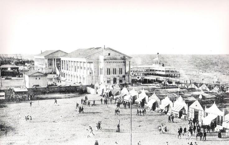 Balneario de las Arenas de Valencia en 1930