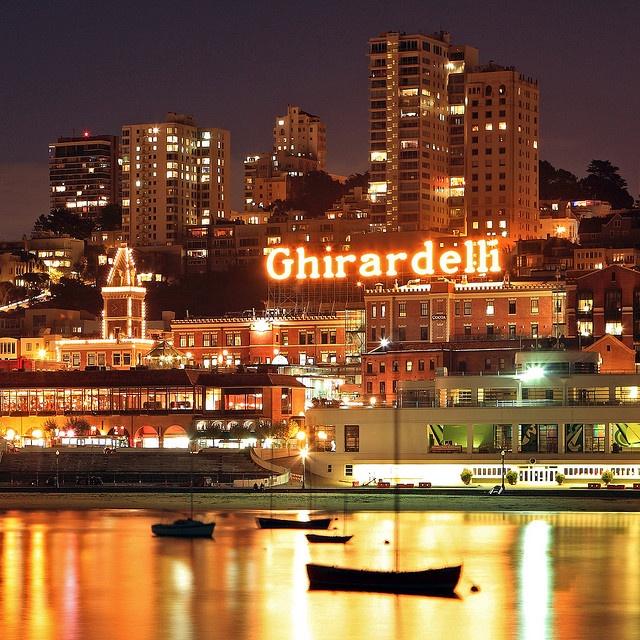 San Francisco, California (Ghirardelli Square)
