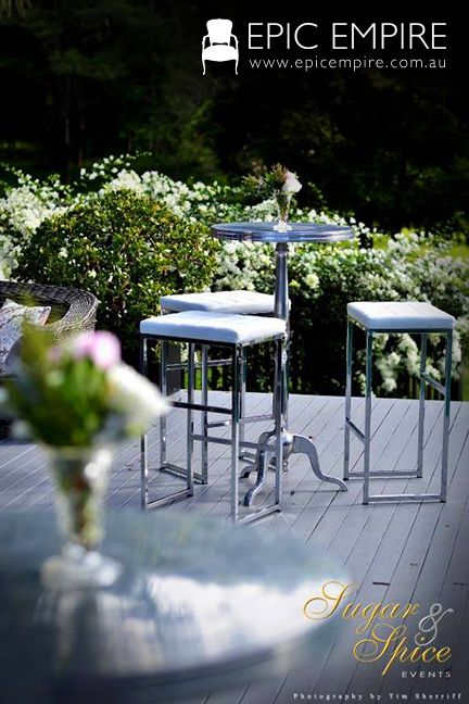 A Chrome Soho Dry Bar paired with White Chesterfield Dry Bar Stool are the way to go in a lush garden bordered with white flowers. http://www.epicempire.com.au/baroque-side-table-large/ http://www.epicempire.com.au/soho-dry-bar/