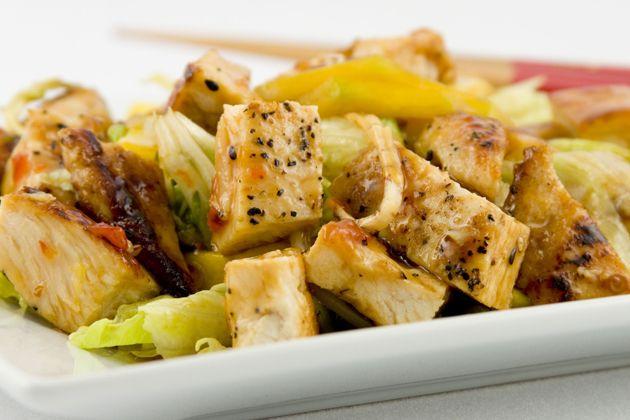 Mango Chicken Caesar Salad - Approx. 300 calories #u_weight_loss