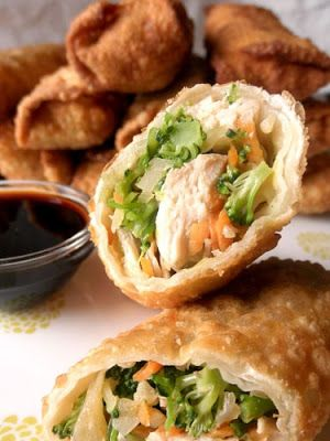 Homemade Chicken Egg Rolls - My sis made this for us for a nice lunch. They were amazing!
