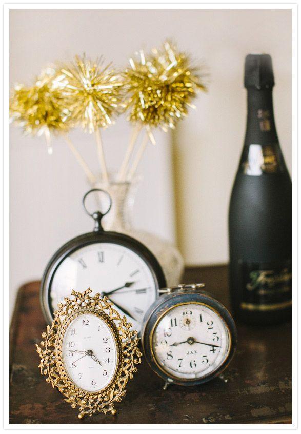 New Year's Eve wedding ideas @The Petal Company www.thepetalco.com @Milkglass www.milkglassvintagerentals.com @Danielle Capito www.daniellecapitophotography.com
