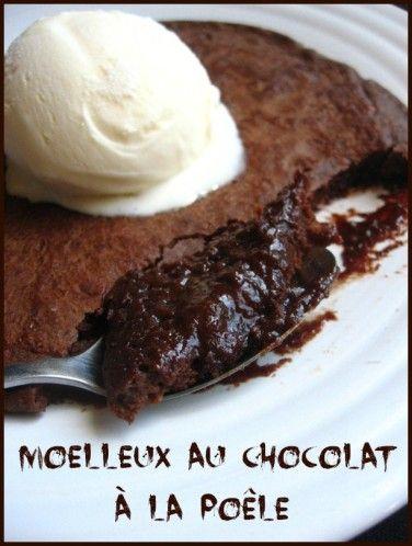 Moelleux au chocolat à la poêle pour égoïstes - On déconne pas avec la bouffe