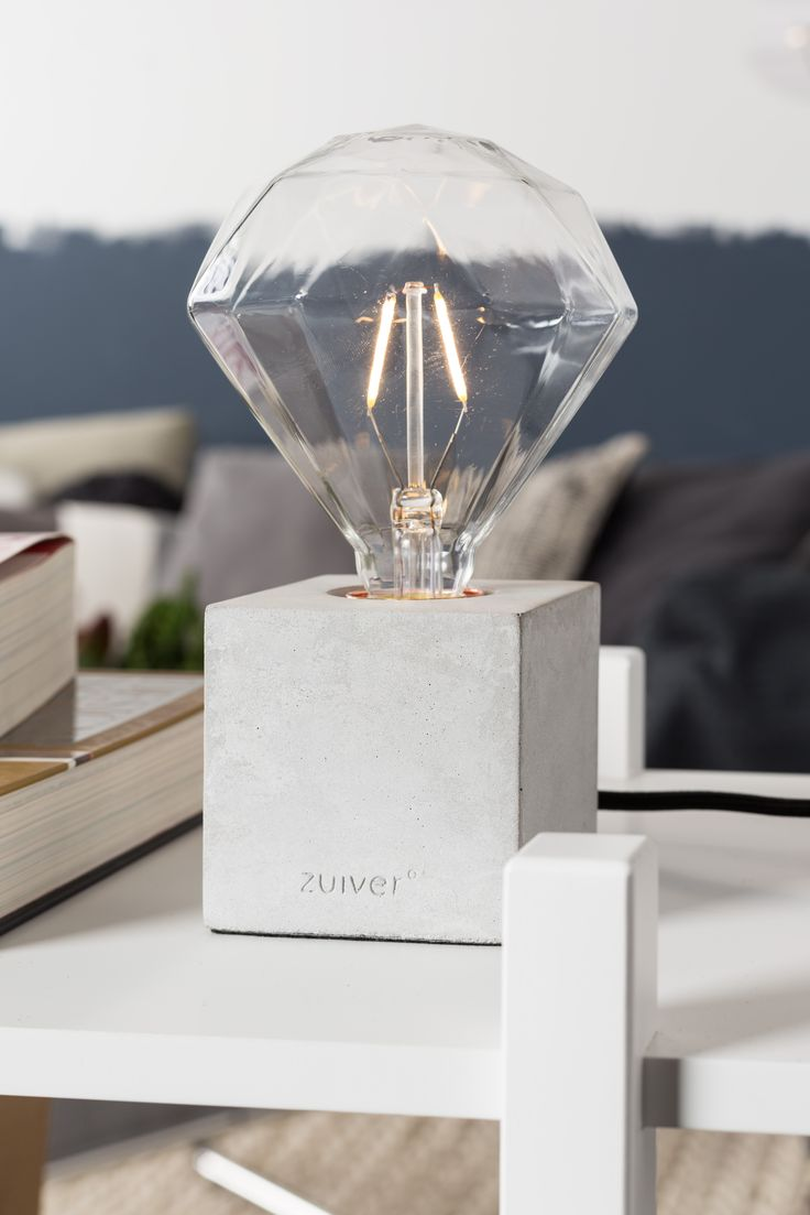 Bolch table lamp