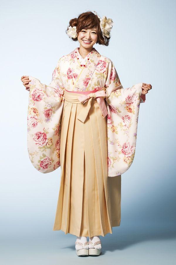 LIZLISA(リズリサ)袴 ピンク色 LIZLISA(リズリサ)袴 STYLEが大人気 卒業式の袴Styleは女の子の特別な1日!友達と差をつける!! 格安にてご提供!