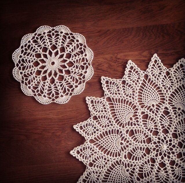 This is the 2 first doily in my project :)