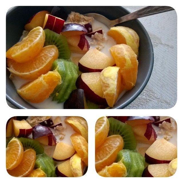 Dzień dobry!  #owsianka #streetcom #kupiec #cosnazab #jablkozgruszka #breakfast #healthyfood #picoftheday #orange #haveaniceday
