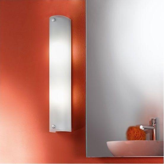 Απλίκα - φωτιστικό τοίχου μπάνιου με βάση από ατσάλι σε χρώμιο και γυαλί σατινέ λευκό. MONO από την Eglo. ------------------------------------ Sconce - bathroom wall lamp with steel base in chrome color and satin white glass. #bathroom #bathroomideas #home #waterproof #designthinking #bathroomdesign #bathroomgoals