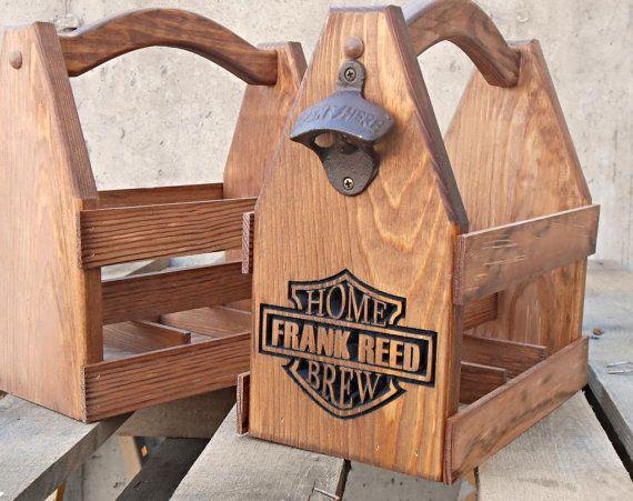Artículos similares a Arte de portador - cerveza madera Bolsa - regalo personalizado - rústico el regalo de cumpleaños para él - de cerveza-regalo padrino en Etsy