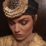 Bank Lady: abiti e ispirazioni rétro per lultimo fashion film di Mario Lopes