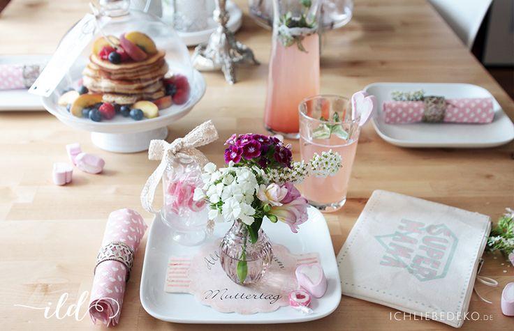 Tischdeko zum Muttertagsfrühstück