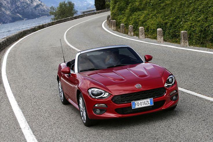 Co powiecie na Fiata 124 Spider w kolorze Rosso Passione?