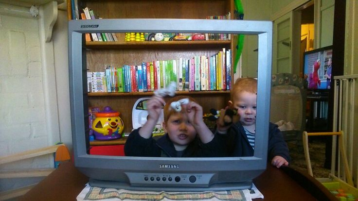 My old T.V now a puppet theatre