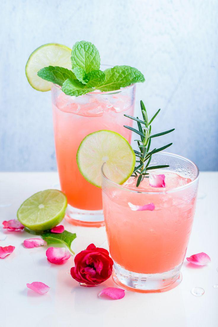 Spritzige Rhabarber-Limonade