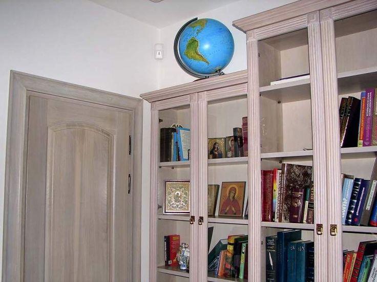 книжный шкаф - Библиотека..