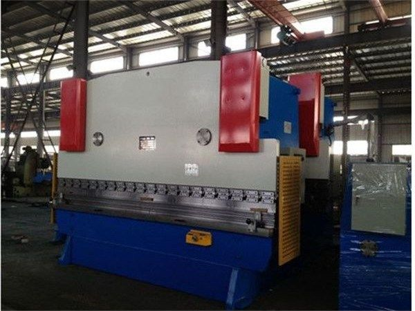 WC67Y 125T/4000 Hot sale Hydraulic sheet metal bending and press brake in Hanoi  Image of WC67Y 125T/4000 Hot sale Hydraulic sheet metal bending and press brake in Hanoi Quick Details:  https://www.hacmpress.com/pressbrake/wc67y-125t4000-hot-sale-hydraulic-sheet-metal-bending-and-press-brake-in-hanoi.html