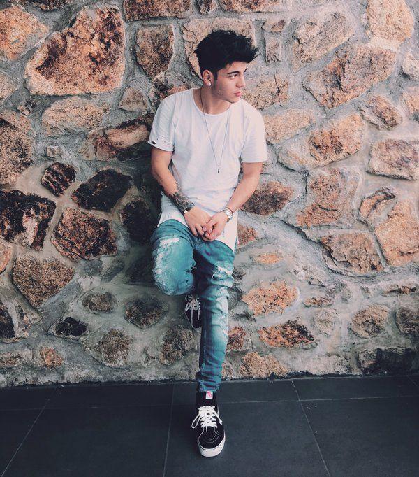 Sebastián Villalobos (@iSebasVillalobo) | Twitter