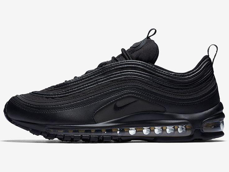 Black Friday juz za rogiem, a to oznacza kilka mocnych i ciekawych okazjonalnych wydań. Przed Wami buty Nike Air Max 97 w wersji Black / Gold.