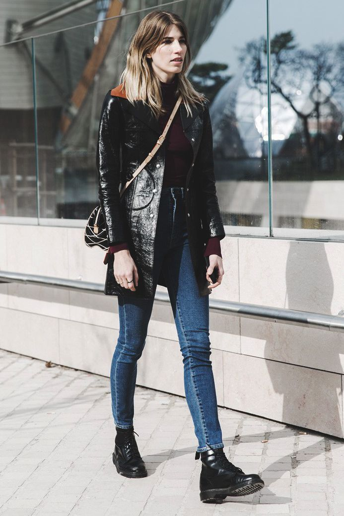Fashion People Are All About Dr Martens Here S How To Style Them Now Street Style Chic Street Style Fashion