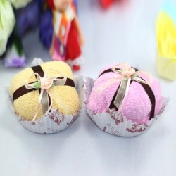 Wedding Favors Sweet Ribbon Tie Puff Shaped Towel Cake Souvenir