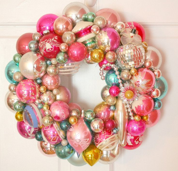 Antique Christmas Ornaments | Vintage Christmas Ornaments Shiny Brite Wreath Pink and Aqua WOW