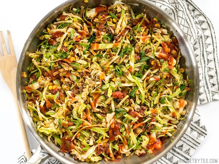 This Southwest Beef and Cabbage Stir Fry is a fast, easy, and flavorful way to make sure dinner is filled with plenty of vegetables. Step by step photos.