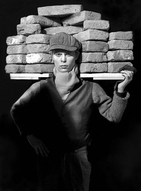 Bricklayer by August Sander. Face of our Time, 1929