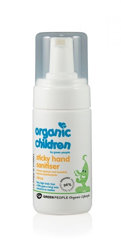 Met deze 100% natuurlijke en alcoholvrije schuimende handgel was je de handen van je kind snel en hygienisch schoon zonder water en zeep te gebruiken. Ideaal om mee te nemen op dagjes uit.
