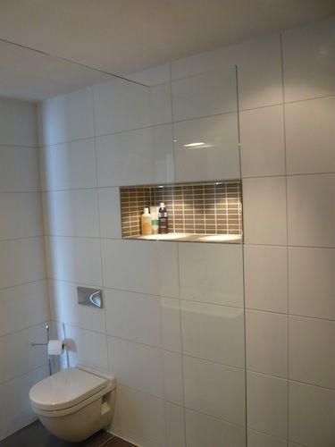 Nissen Nissen kennen veel toepassingen. In douche ruimtes, boven een bad of wastafel, enz. Met verlichting erin blijft het frisse opgeruimde effect benadrukt.