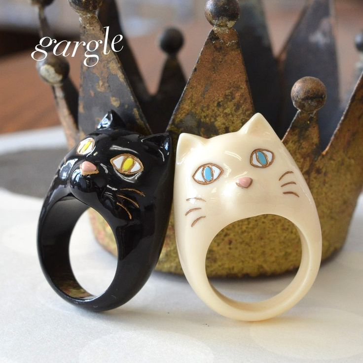 まるまる太った、丸ぽちゃネコの指輪◎ 13号 レディース 雑貨 指輪 小物 アクセサリー 猫 ねこ ネコ CAT アニマル リング 黒 白 chubby cat gargle ガーグル◆gargle(ガーグル):gargle(ガーグル):まるぽちゃ ねこリング※画像内に全てのカラーバリエーションが掲載されていない場合がございます。PCサイトまたはスマホサイトをご参照の上、ご購入ください。■サイズ等サイズ:13号モチーフ部分:縦約3.5cm×横約2.5cmポリエステル樹脂中国製全2色商品カテゴリ:【ブラック】【黒】【ホワイト】【白】トレンド ファッション レディース 女子 婦人 婦人服 20代 30代 40代 大人 流行 通販 カジュアル ナチュラル かわいい 可愛い カワイイ ガーリー 洋服 人気 フェミニン おしゃれ オシャレ シンプル デザイン お洒落ニスタ ガール ママコーデ デート コーディネート 系統 婦人服サイズ 最新 最新ファッション 最旬 旬 コーデ安カワ 安かわ プチプラ プチプライス2016 夏 春 春夏 SS S/S サマー スプリング 【個性派ア...