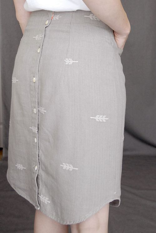 this is so creative! men's button down shirt to a skirt