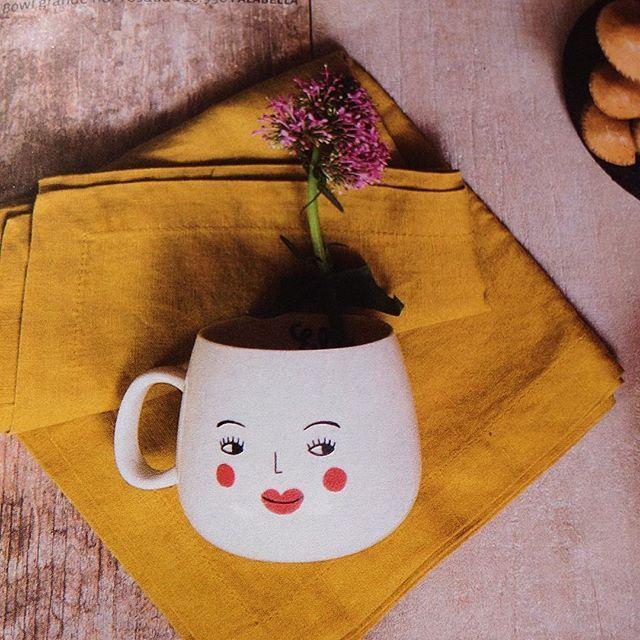 Cosas que me encuentro ☺️ cuando veo revistas. Producción @carmen_dussaillant @mibunster  #objetosmuk #ceramics