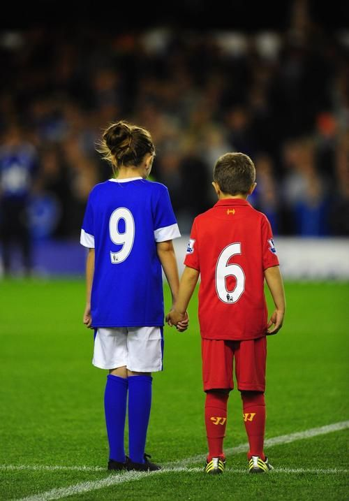 Everton FC Hillsborough tribute 2012