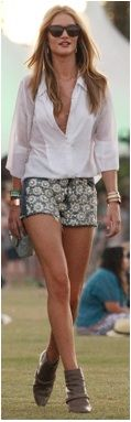 Rosie Huntington-Whiteley's shorts are so cool!