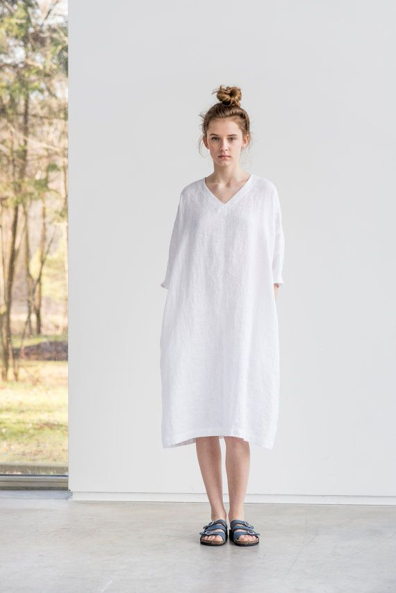 Washed and soft linen kimono tunic/dress with V neck (if you want round neck, please leave a note while ordering).  S/M - sleeves form the neck -