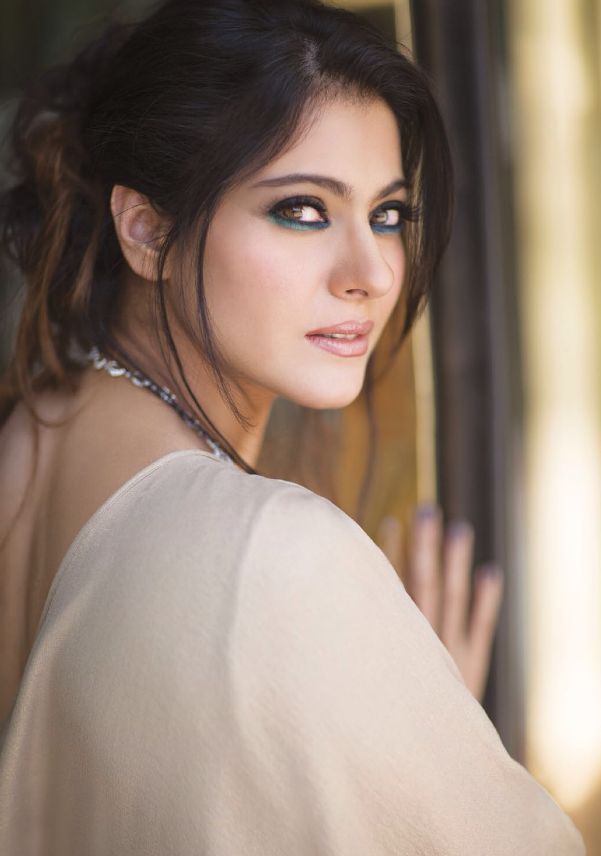 Kajol Devgan, like the eye makeup