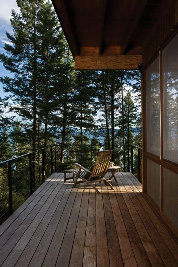 balkon balkon berdachung holz liegestuhl tisch. Black Bedroom Furniture Sets. Home Design Ideas