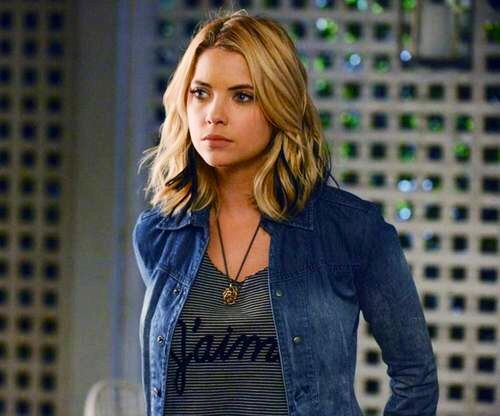 Another denim shirt, definitely something than goes with any outfit (Hanna)