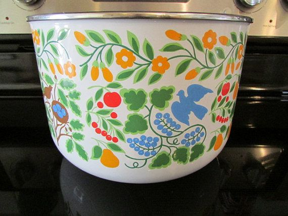Colorful 1970's KOBE KITCHEN Large Enameled BOWL by MEMORYVILLE $45