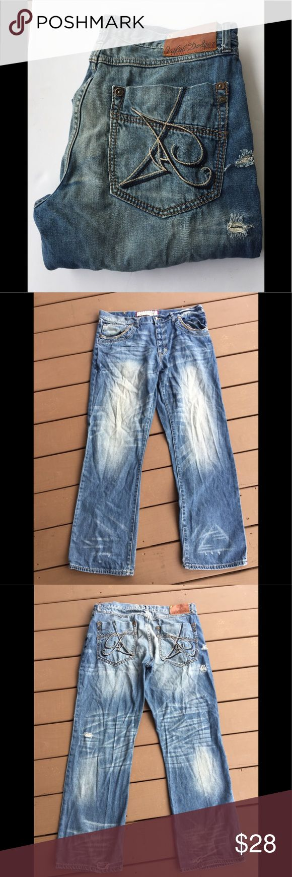 ARTFUL DODGER Mens Distressed Tapered Leg Jeans GREAT Jeans! Review exact measurements in description to confirm proper fit. Spend time in photos to know exactly the jeans you will be receiving. From smoke and pet free home. 100% Cotton Artful Dodger Jeans