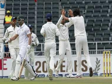 इन गेंदबाजों पर होगी जिम्मेदारी, आपको किससे हैं उम्मीदें? http://www.jagran.com/cricket/headlines-these-indian-bowlers-to-face-the-test-in-england-11430333.html #IndiavsEngland   #CricketNews   #Sports